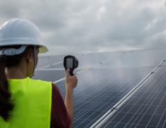 Impact of Temperature on solar panels efficiency - Mahindra Teqo