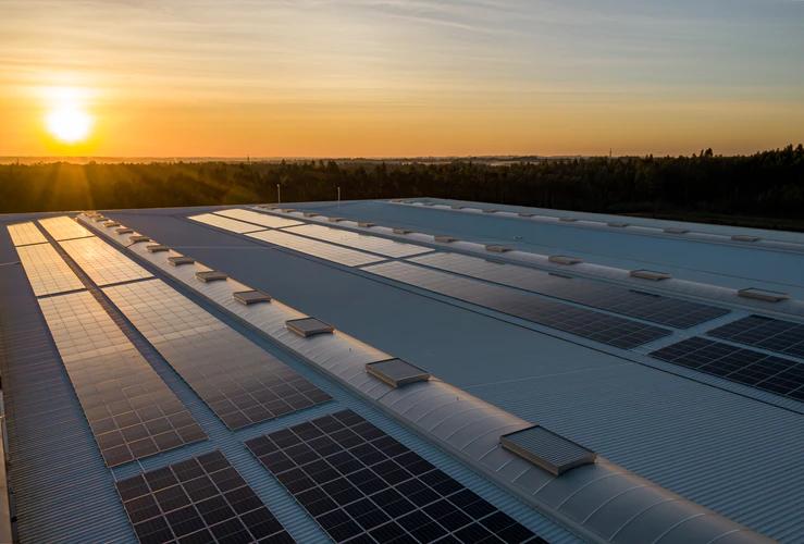 Rooftop Solar Power - Mahindra Teqo